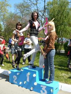 Победительницы Белореченского забега на шпильках